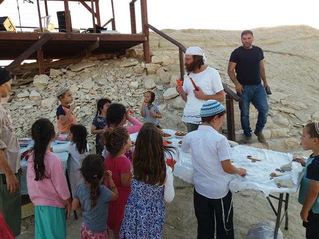 Children of Beit Hogla community at the lookout with Sinai Tor